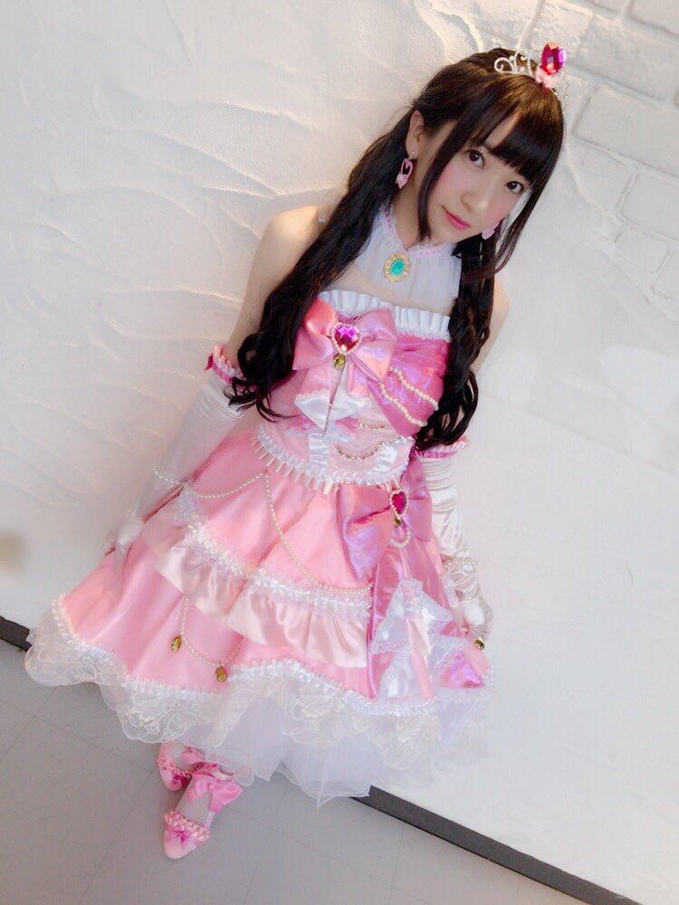 撮影したよ(*¨*)この衣装(ドレス)を着ると…プリンセスになれる気がするっ!!!#アイカツスターズ