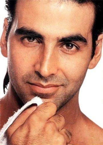 Happy birthday akshay kumar the best in Bollywood