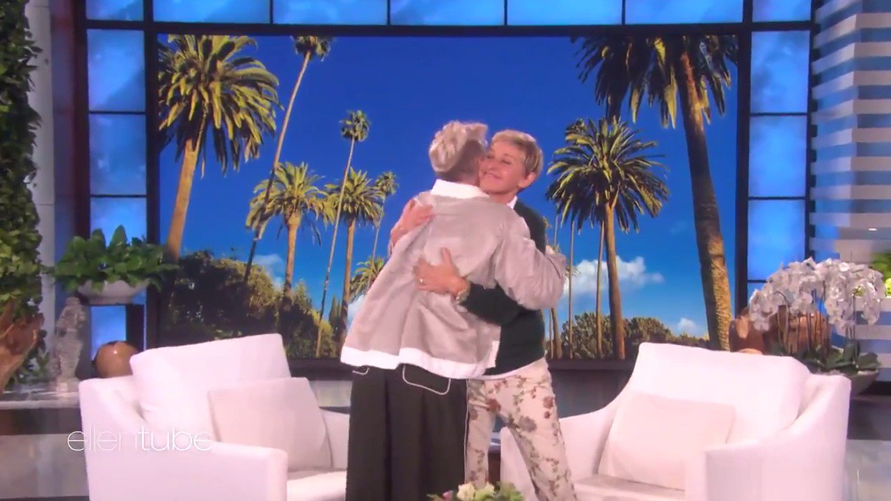 Happy birthday, @Pink! You're a great mom and an amazing performer. https://t.co/iZm2mfz8hQ