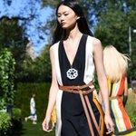 New York fashion week : défilé sous le soleil pour Tory Burch