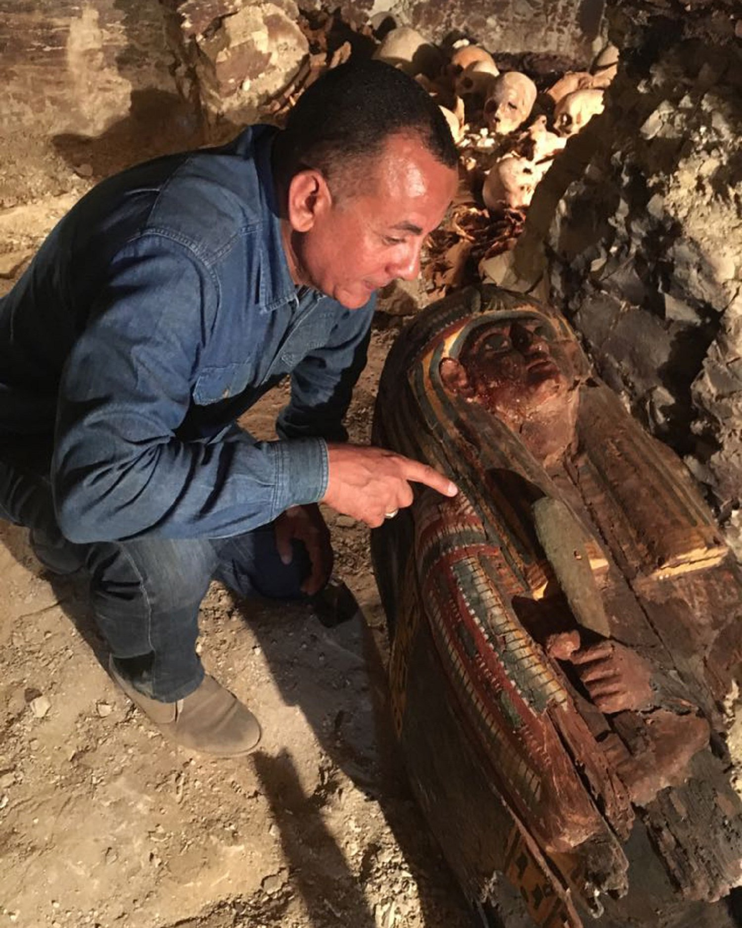 Egypt announces discovery of 3,500-years old tomb in Luxor https://t.co/9hv7e57Gak https://t.co/qOJmgRJBuz