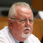 Queensland senator Barry O'Sullivan calls for ban on drones following committee
