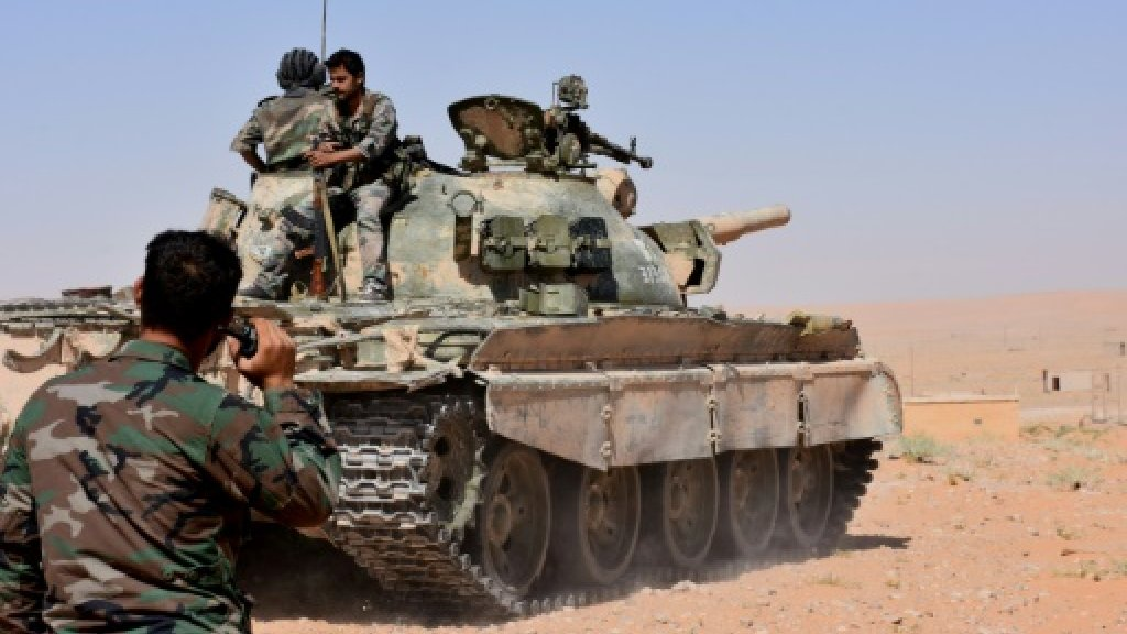 Syria army breaks IS siege on Deir Ezzor air base: state media