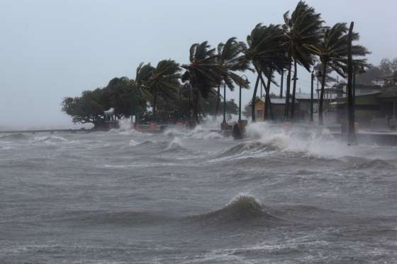 RT @kdneedles: Sometime the flood prevails, and then the wind  3 Henry VI #ShakespeareSunday  #Irma2017 https://t.co/Mi6uyCOjWt