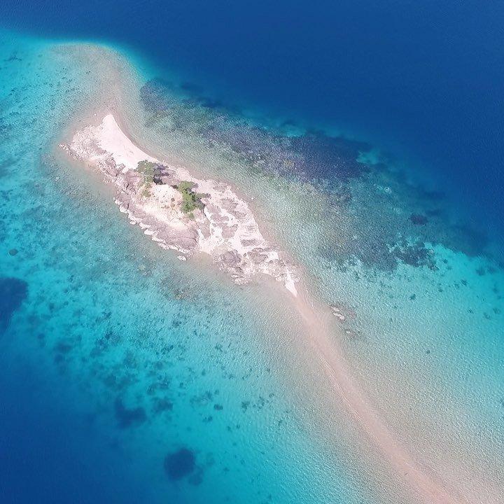 油井集落@奄美大島瀬戸内町5月の海です。#奄美大島 #奄美群島 #瀬戸内町 #ドローン #空撮 #ドローン撮影 #ドロー