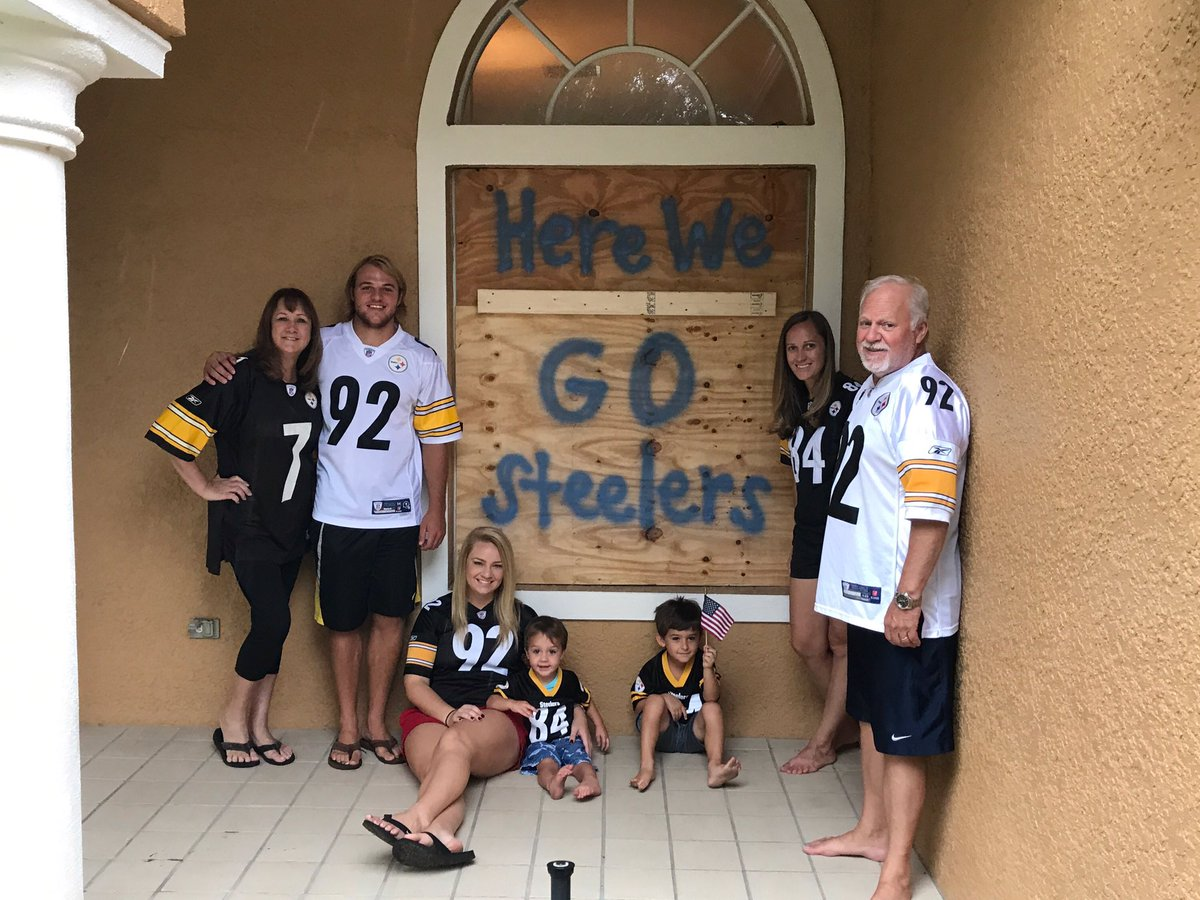 RT @ben_schweiger: Let's beat the Browns and beat Irma today!! #HereWeGo from Tampa, Florida!! @steelers @nickipayne https://t.co/iIjdLhGJKT