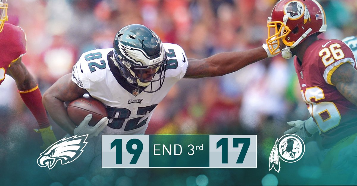 End of three. #Eagles with the lead. #FlyEaglesFly https://t.co/2tYwFcolxW