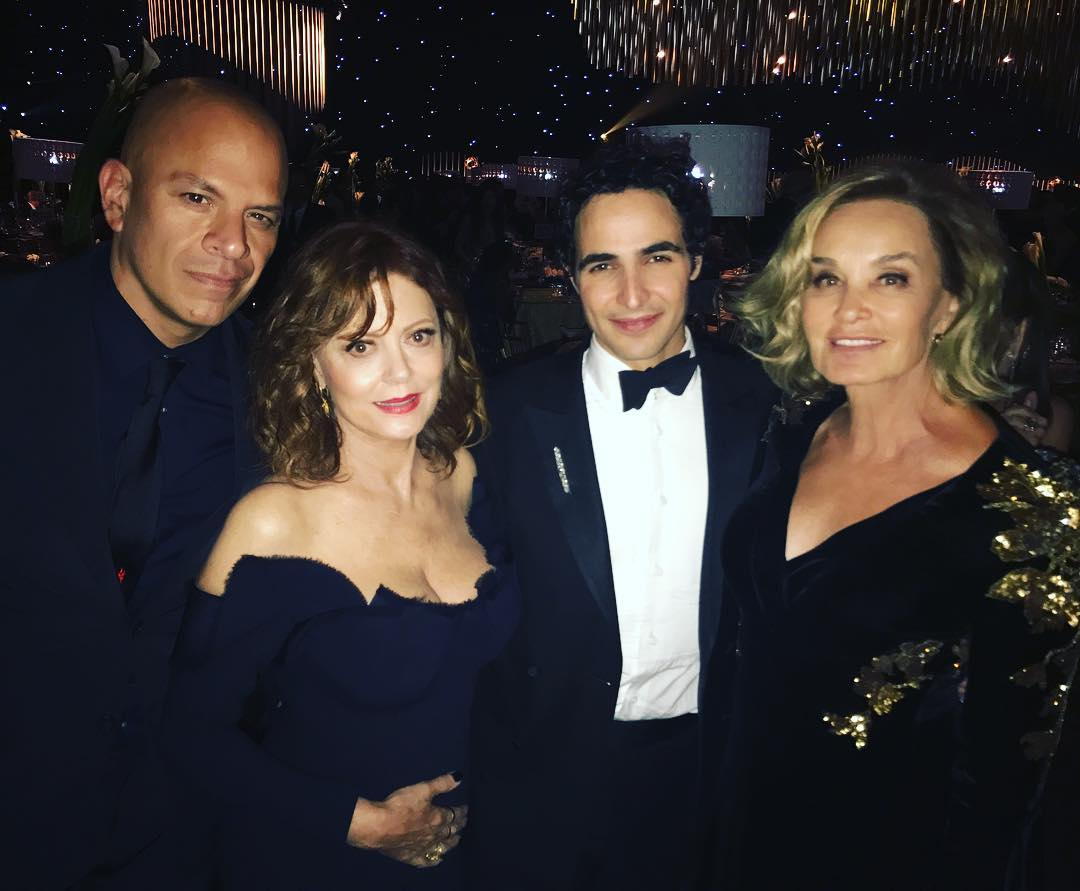 RT @JLangeDaily: Jessica Lange at the #Emmys Governors Ball [IG:subiasm] https://t.co/w10mxAmndL
