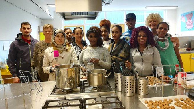 Kookles voor cursisten Vluchtelingenwerk Westland! https://t.co/2FkymVfJdh https://t.co/ocGHyV9y7y