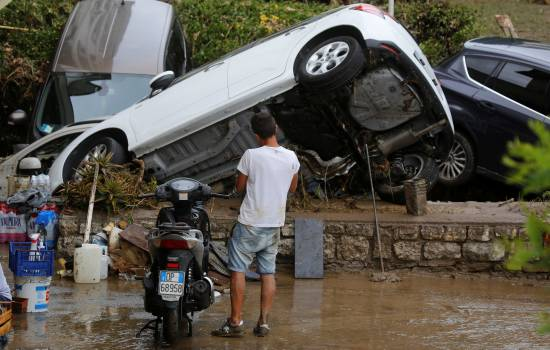 Heavy rain and flooding leave 6 dead, 2 missing in Tuscany, Italy