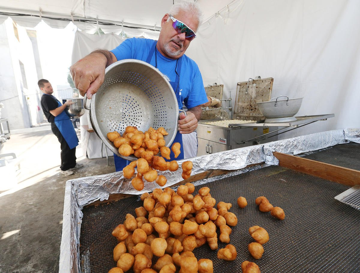 Photos: Utahs 'Greek' out for food, fun at annual Hellenic festival