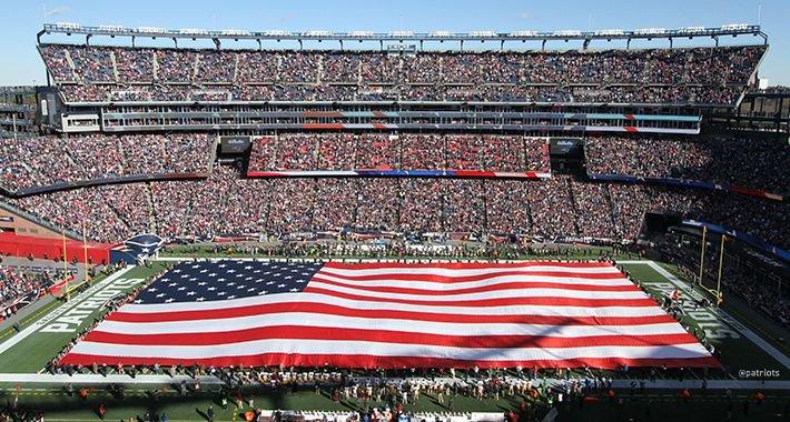 RT @Patriots: 9.11.01 🇺🇸 #NeverForget https://t.co/Ufs6xWAMWI
