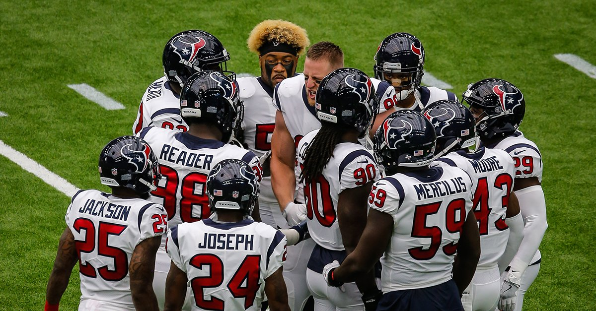 #Texans defense looks to bounce back in Week 2.  ��: https://t.co/HuoW180kzQ https://t.co/DCmly7Olet