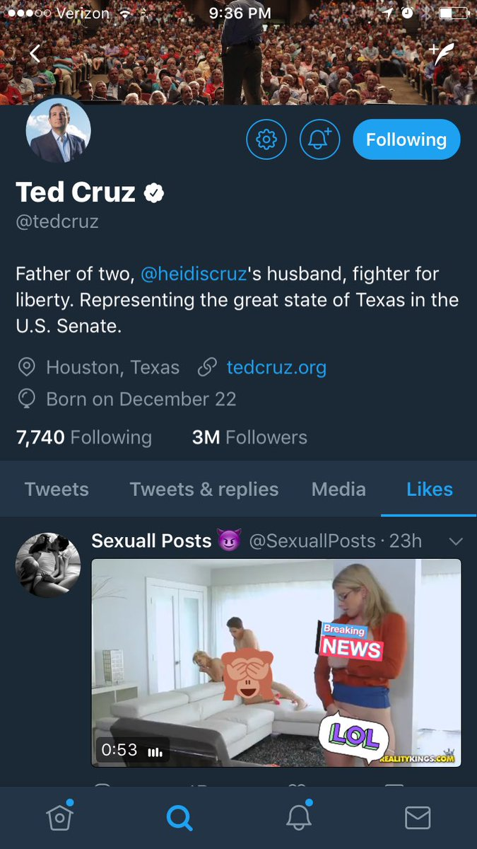 Umm hey...@tedcruz what you up to right now buddy? Late night of...bill drafting?