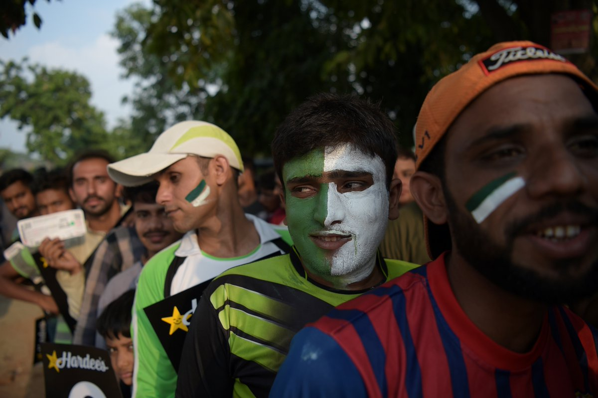 RT @ICC: 📸 Pakistan fans queue to see the return of their heroes to international cricket on home soil! #PAKvWXI https://t.co/DIUOVIEHEL