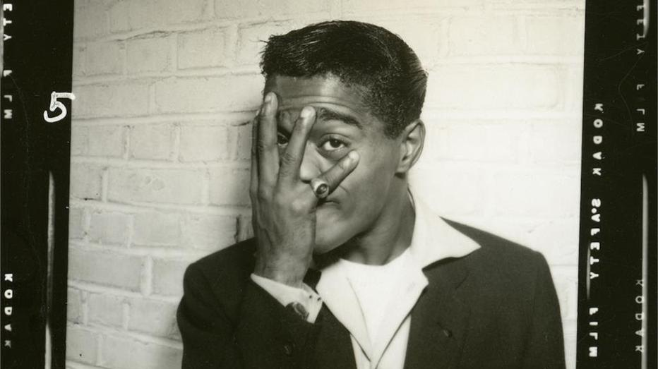 Sammy Davis Jr. embodied the difficulties black entertainers face today: https://t.co/T95FQGeDOJ https://t.co/JKHoIGlVjz