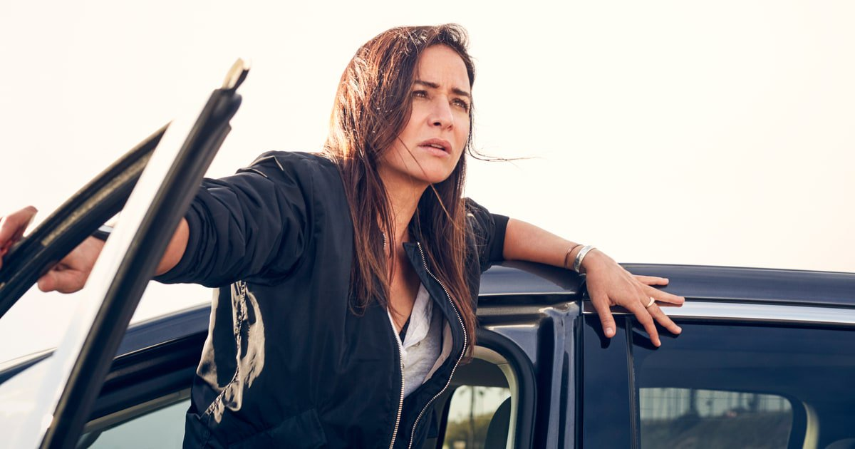 Pamela Adlon on Season Two of #BetterThings, how she survived Eighties sitcom past and more https://t.co/gY5AF5Gj8p https://t.co/RBXBKJlDh5