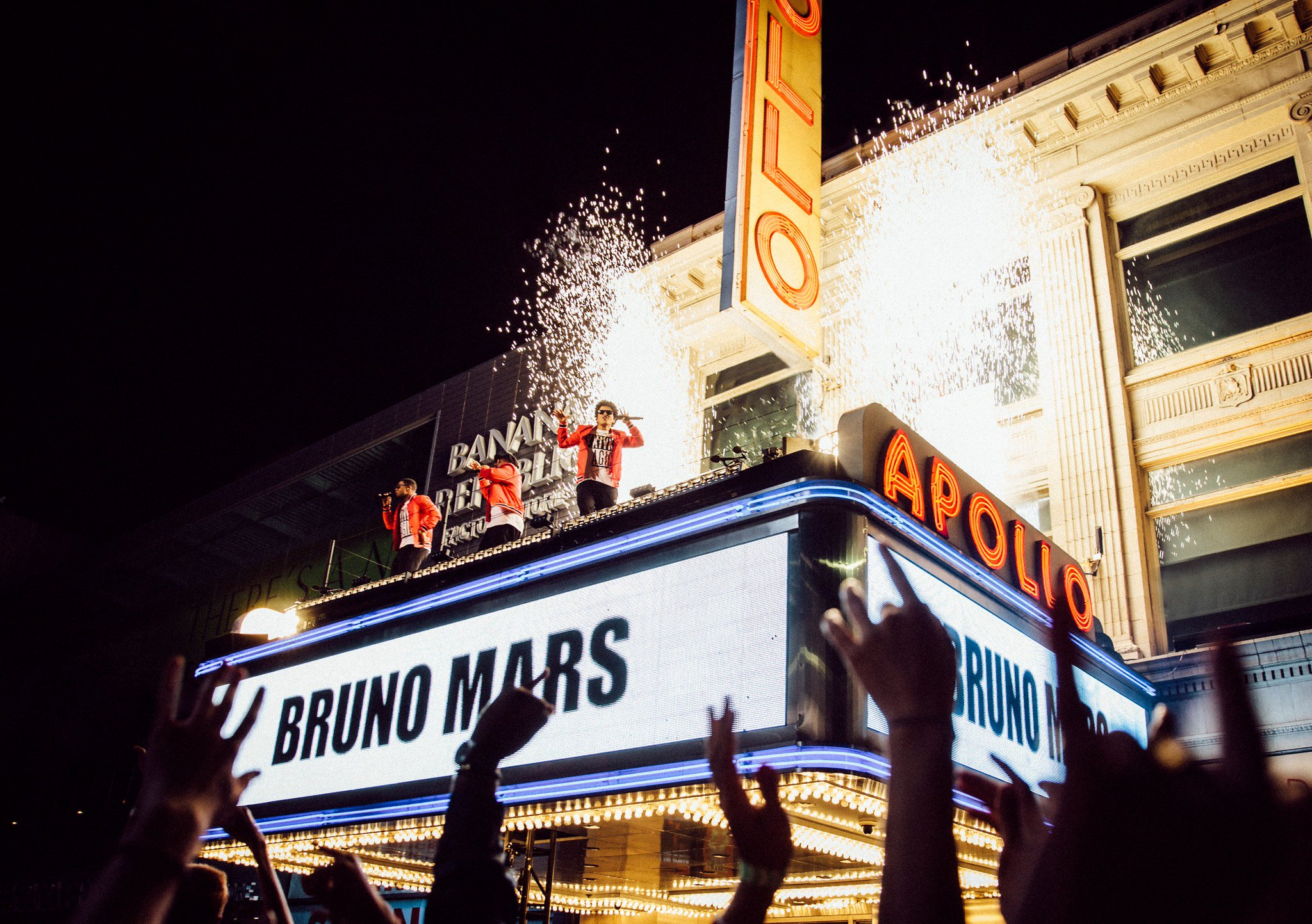 Dance the night away with 'Bruno Mars: 24K Magic Live At The Apollo' airing Nov. 29 on CBS! https://t.co/uZsc3VmMKJ https://t.co/5sPxy8ZoZx