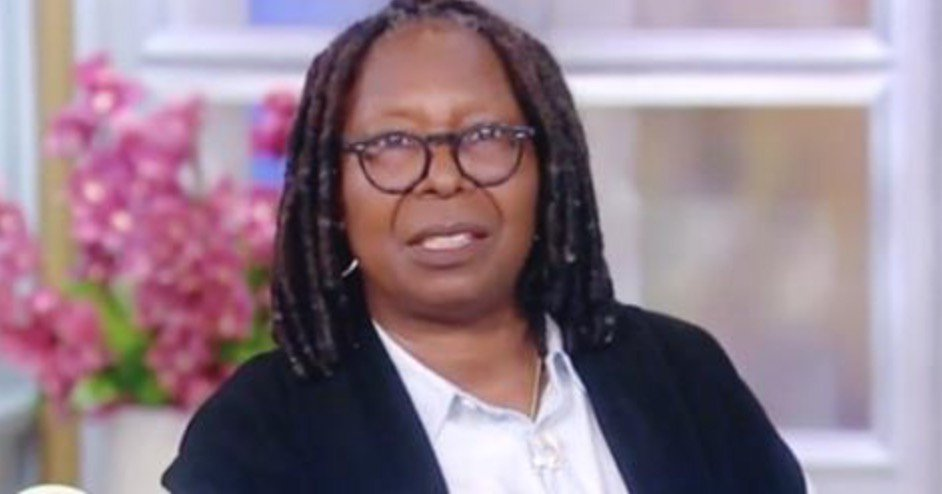 Whoopi Goldberg Trashes Kilmeade for 9/11 Memorial-Confederate Statues Remark: 'Read a Book' https://t.co/zmTHAyPL4Y https://t.co/kyvEb9O3ot