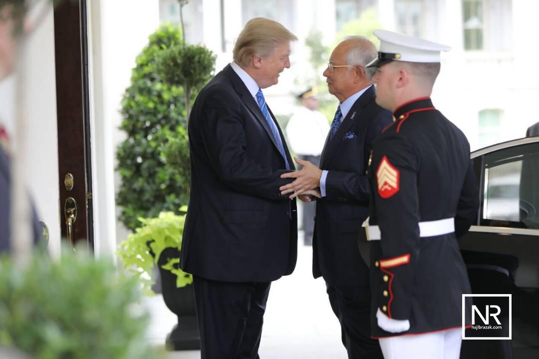 Trump hosts scandal-hit Malaysian PM Najib
