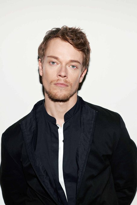 Wishing happy birthday to acting powerhouse and talented Alfie Allen