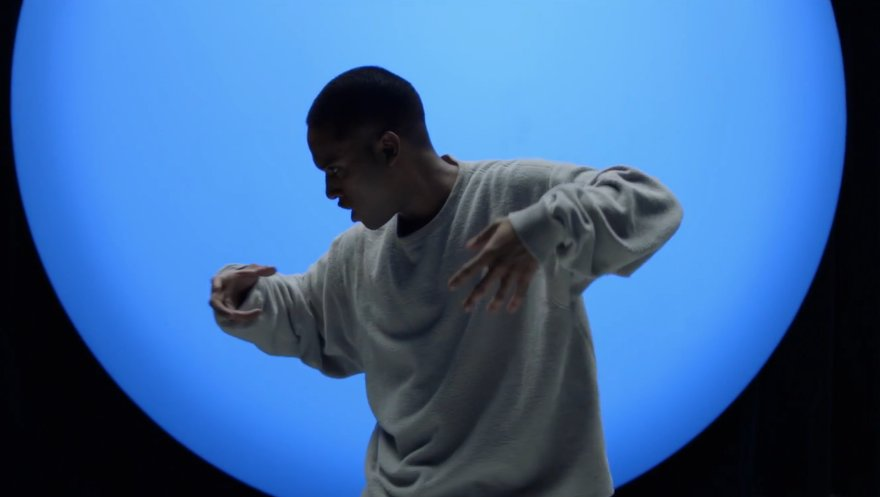 Watch @Lunice's intergalactic dance video for 'Tha Doorz.' https://t.co/qM5t68yJoU https://t.co/SBOJzzbdoM