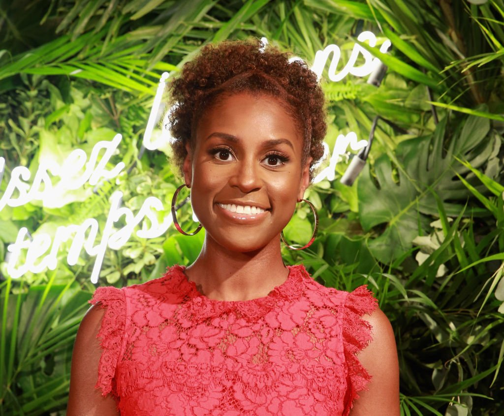 .@IssaRae is your new CoverGirl. https://t.co/YxHH2YL4iD https://t.co/qddhD5Mrmp