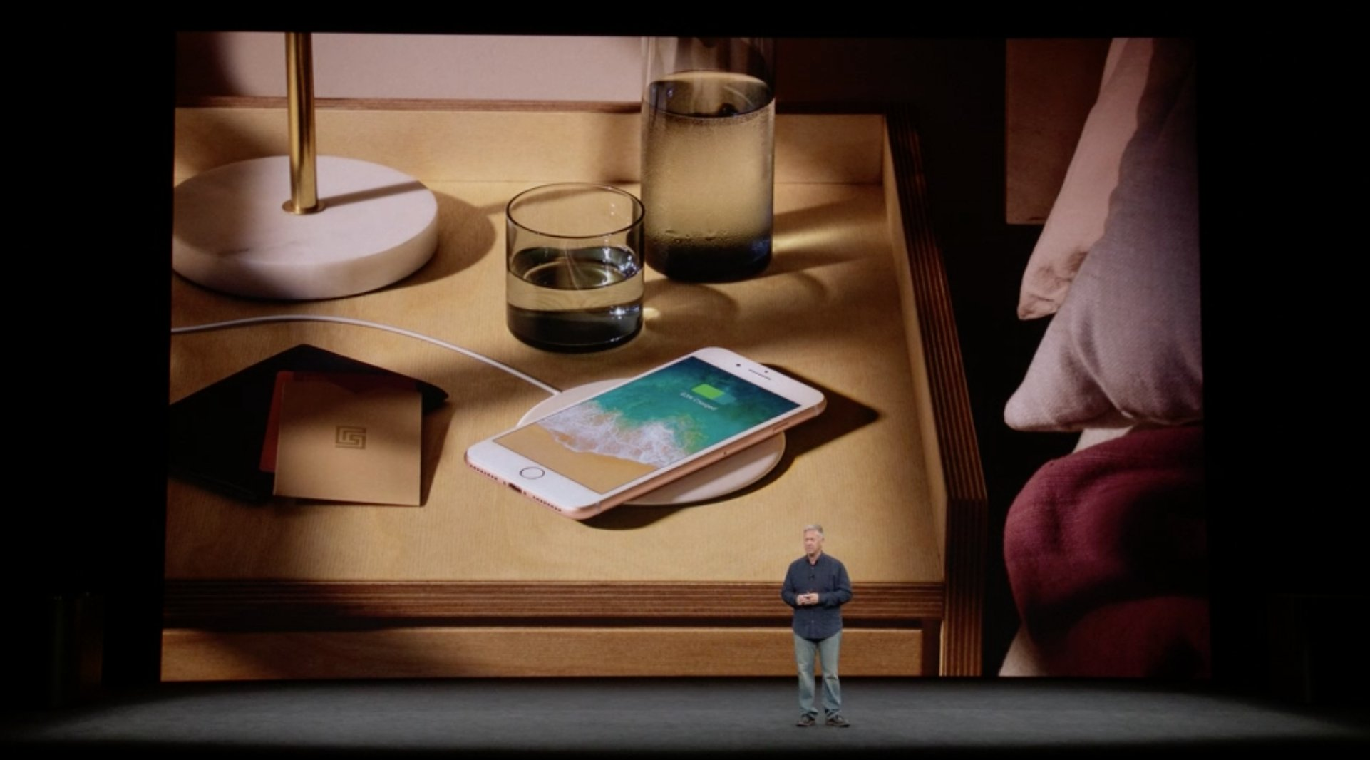 Wireless charging will be available on the iPhone 8 https://t.co/vpJm79i84W #AppleEvent https://t.co/jSXDGSQ27E