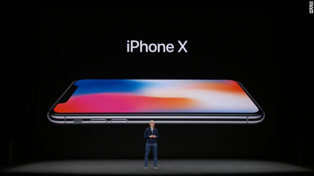 Ten years after the launch of the first iPhone, Apple reveals the iPhone X   https://t.co/0Qez8N0XB7 https://t.co/g1gXN7Bodg