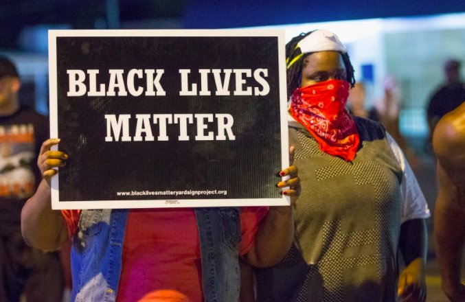 A TV show will be developed based off a book about Black Lives Matter. https://t.co/gLOCA9lyq5 https://t.co/Tz8dCDfXF1