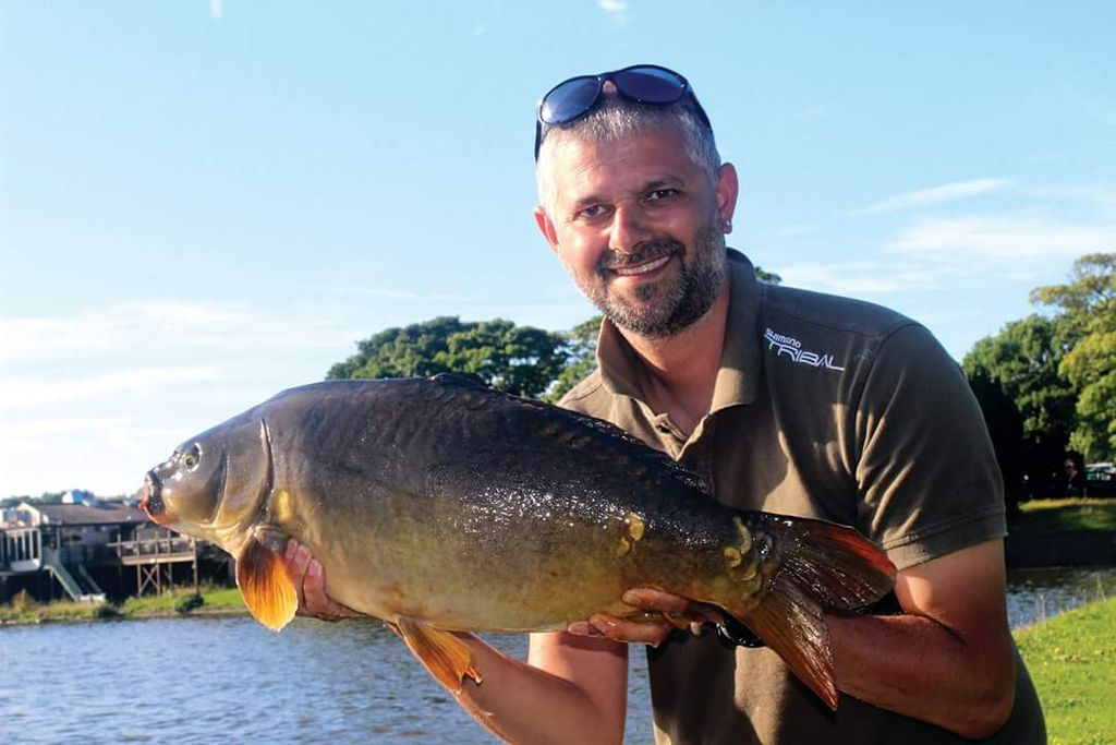 Simon Bates <b>Details</b> how to save money when surface fishing in this week's Carp-Talk #carpfish