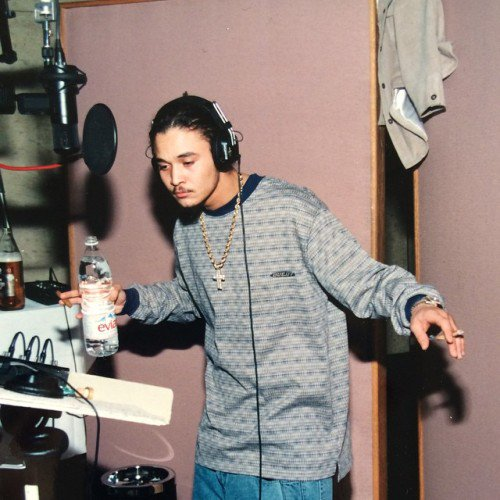 Happy 41st birthday to Bizzy Bone. Real hip hop rapper! (: