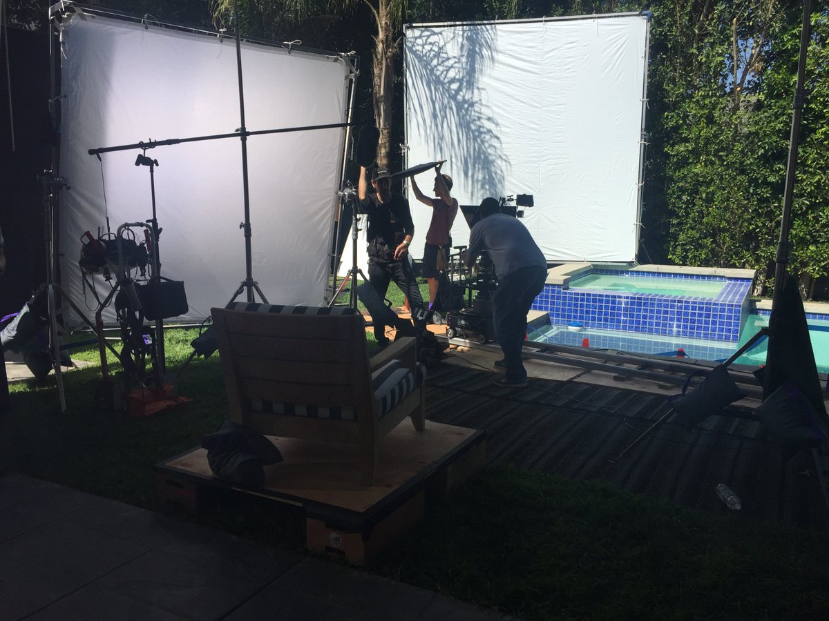 RT @flavorunit: Behind the scenes ???? https://t.co/Uwn77E8uYB