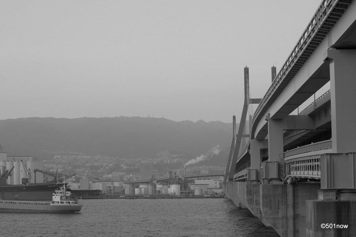 『六甲アイランド大橋』#神戸 #六甲アイランド #写真撮ってる人と繋がりたい#写真好きな人と繋がりたい#ファインダー越し