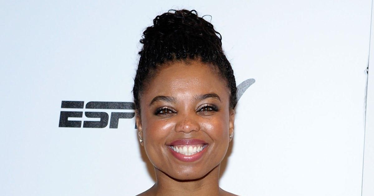 "ESPN's Jemele Hill refers to President Donald Trump as a ""white supremacist"" in tweet storm https://t.co/31qw3LVVzs https://t.co/uIaP3Et0cP"