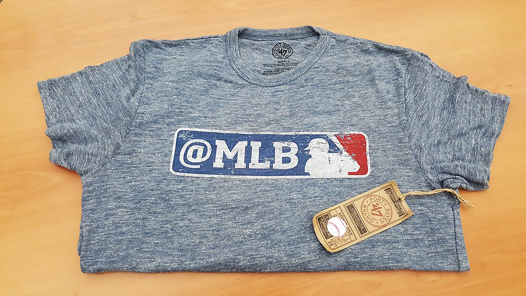 It's #BaseballBoxes time.   We've got gear and prizes. You like to win. Let's do this! https://t.co/8uB9IjTmTb