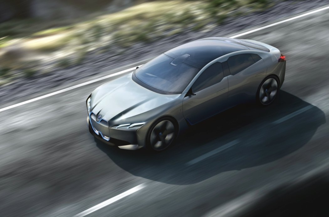 BMW's i Vision Dynamics targets Tesla-topping range in a four-door coupe https://t.co/omnYCdZqSL https://t.co/OPpz2iYfmq