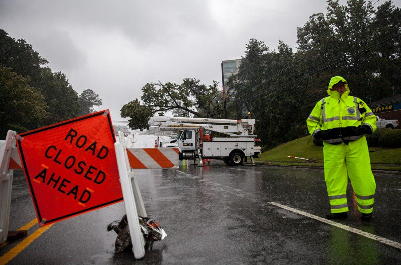 Hundreds of thousands still without power in Georgia