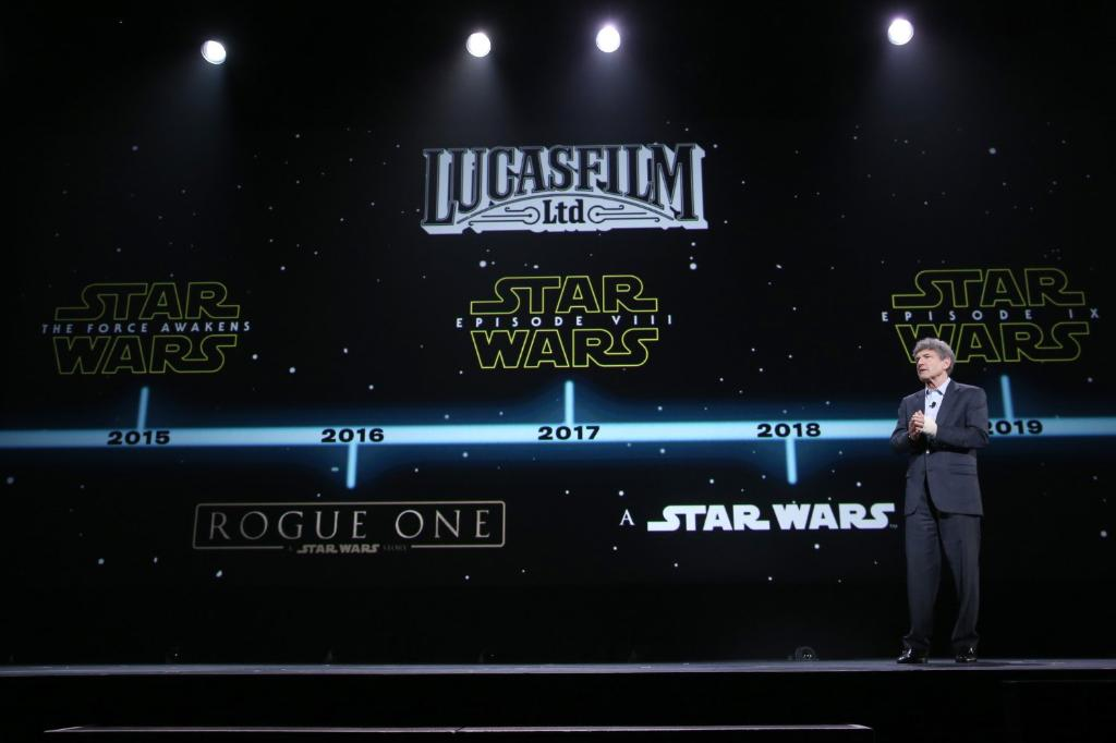 'Star Wars: Episode IX' release date moves to December 2019 https://t.co/ukl62pf2Hh https://t.co/m1uV8AwiFm