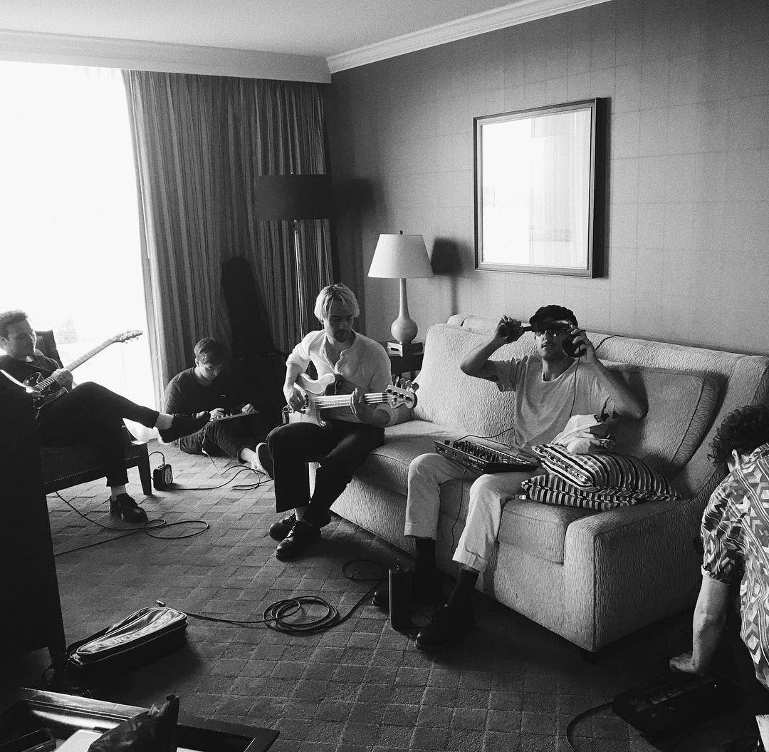 fancy hotel room practice for something really cool tomorrow. https://t.co/GEwUzVsq1V