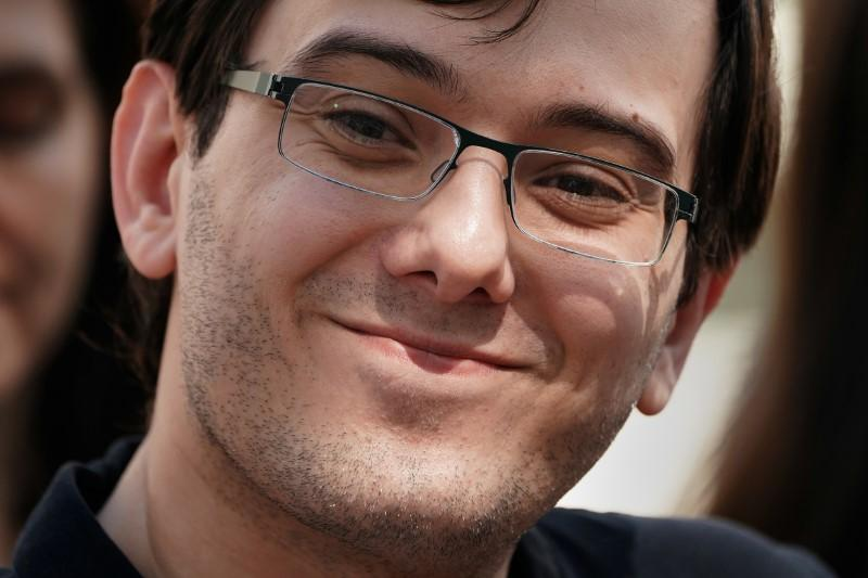 Shkreli apologizes for placing bounty on Hillary Clinton's hair
