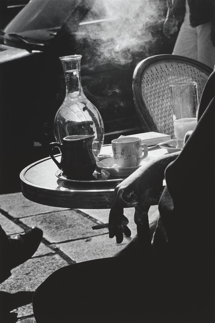 Coffee?   Cafe, Paris, 1986 ©︎Ralph Gibson https://t.co/HHZGJQnv1L
