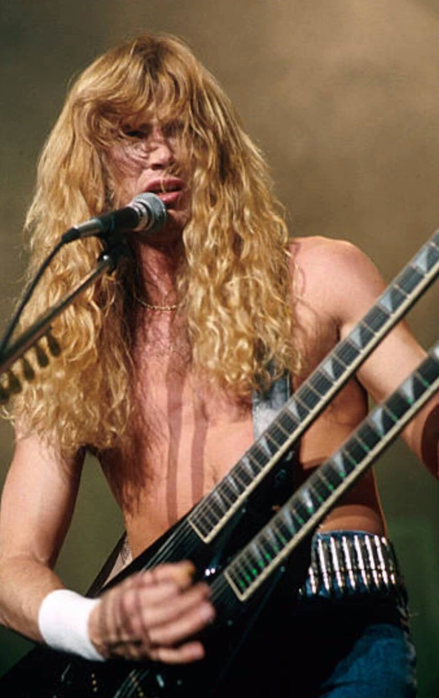 Happy 56 Birthday DAVE MUSTAINE único en su estilo