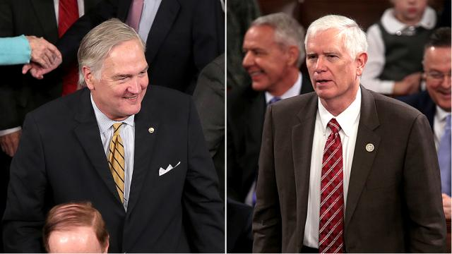 Shock Poll: Dem candidate statistically tied with GOP rivals in Alabama Senate race https://t.co/731boB3UfA https://t.co/5RQIkxmw7J