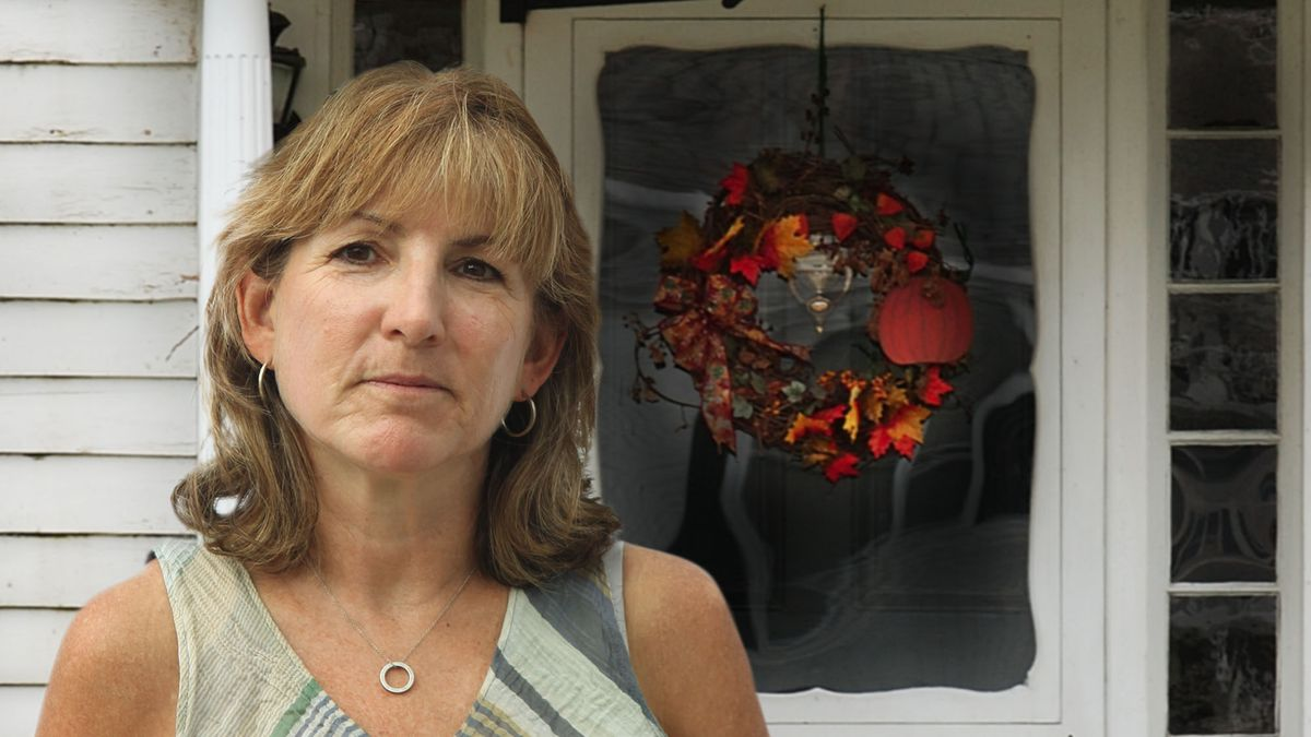Mother Feels Violent Desire To Make Front Doorway Reflect Current Season https://t.co/1onrNC7F1Y https://t.co/wF7yNqPwZM