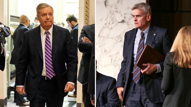 GOP senators make last-ditch bid to repeal ObamaCare https://t.co/zksiGt7nU4 https://t.co/745DWzv6uZ