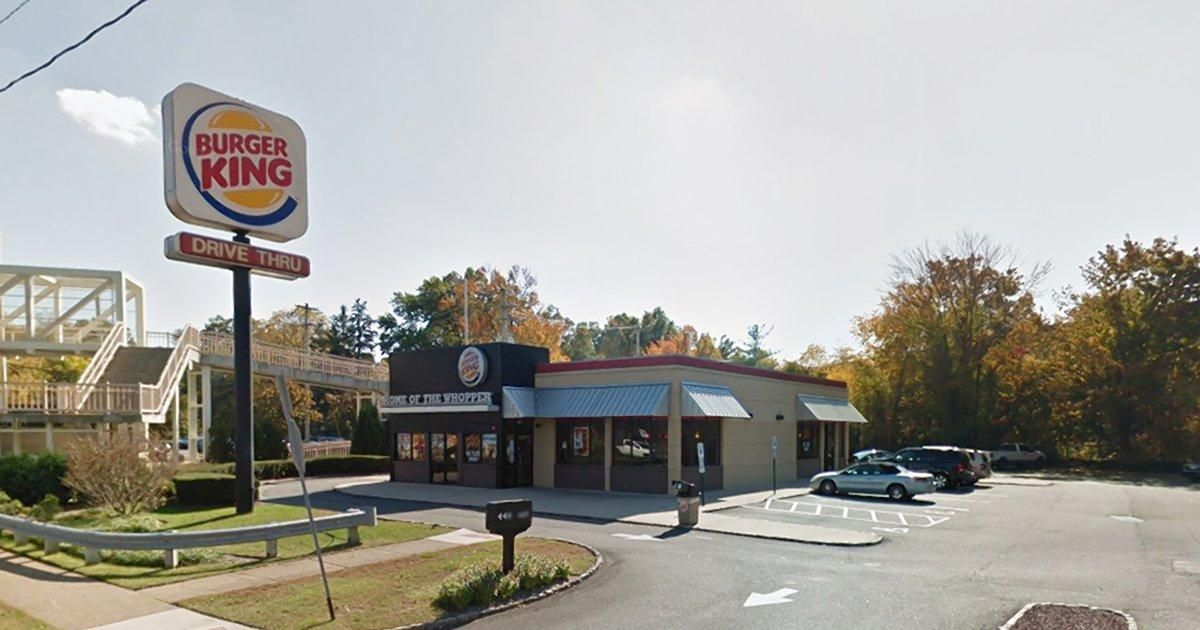 Two babies born outside of a New Jersey Burger King on back-to-back days https://t.co/HkaFLNjJhO https://t.co/7IahBv3GBY