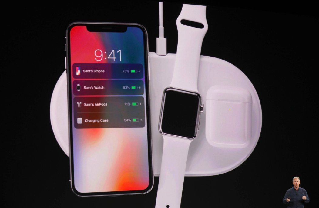 Apple announces a wireless charging case for the AirPods https://t.co/sIFPbmGZd2 #AppleEvent https://t.co/3GaWnaCdEZ