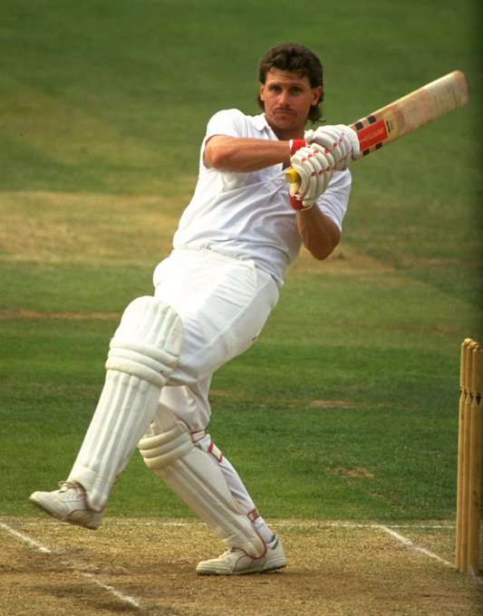 Happy birthday to former England batsman Robin Smith!