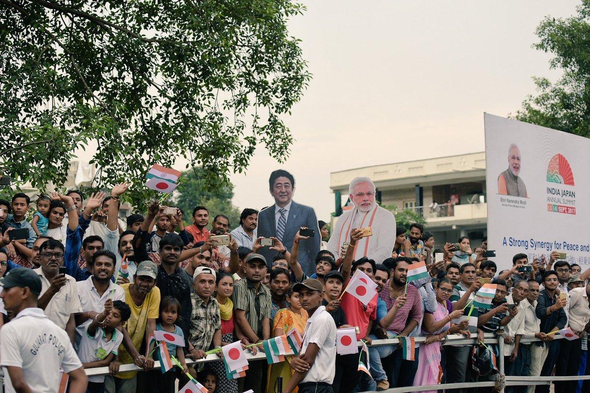 RT @vijayrupanibjp: Sharing glimpses of India Cultural Road Show at Ahmedabad.   #SwagatShinzoSan https://t.co/In1CqEzoPj